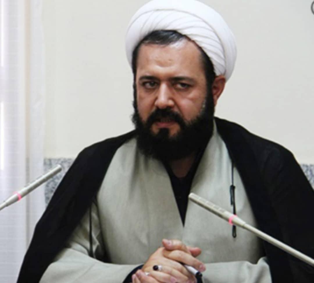 برگزاری نمایشگاه کتاب قرآن وعترت و برنامه های فرهنگی هنری درشهرستان فردیس