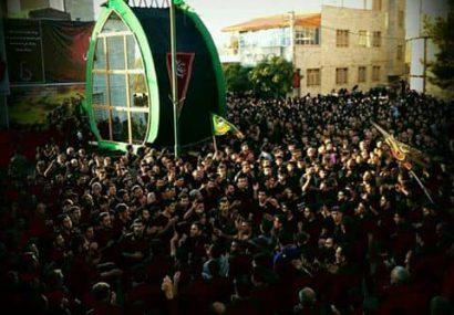 مراسم نخل برداری سید و سالار شهیدان عصر عاشورا در رضوانیه برگزار شد