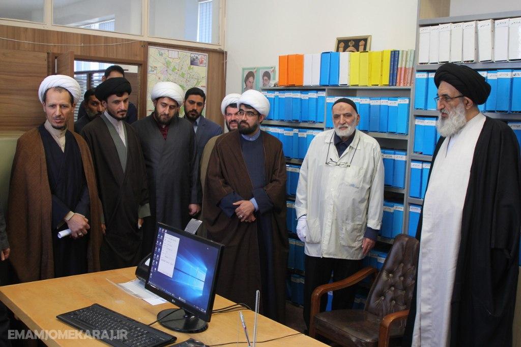 مساجد کمیتههایی برای کمک نیازمندان تشکیل دهند / اولیاء و ائمه مساجد در امر خدمترسانی به مردم فعالانه شرکت کنند